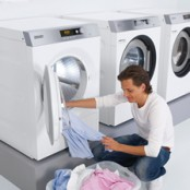 5 tips for processing laundry in a commercial setting
